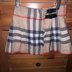 Kid's skirt Burberry so cute